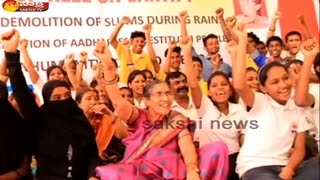 PM Modi's Wife Jashodaben Fasts for Orphans, Slum Dwellers in Mumbai
