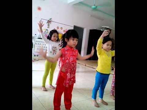 Nhảy lên nào các bạn ơi :)))))
