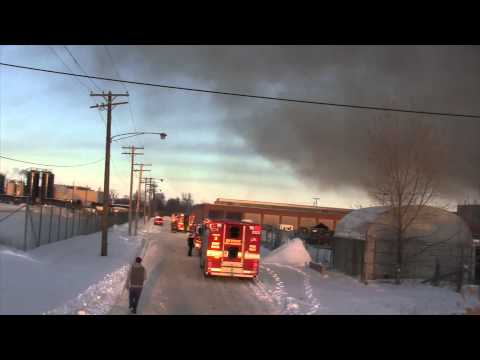 MrSan44Man @ A Warehouse Fire Where a Firefighter Is Injured (Detroit Raw)