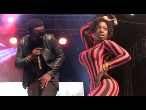 Sweetio - Raquel ft Sarkodie Live Accra Sports Stadium
