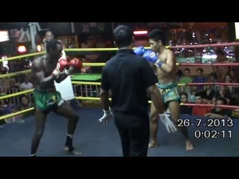 Thapae Stadium - 25/07/2013 - Muay Thaï fight - Jeff (France) vs Galao (Thaïlande)