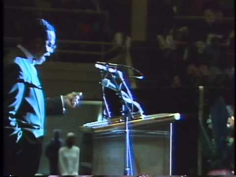 Louis Farrakhan: The Black Man: An Endangered Species Part 1