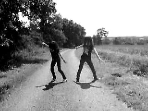 Une Tic Tac et une Roxane sa chante et sa danse :O