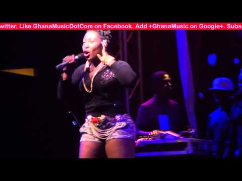 Eno - - Performs 'Koti' @ R2Bees Appreciation concert