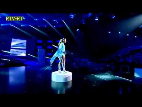 Fantastic Dress parties Sandy in Holland's Got Talent HD