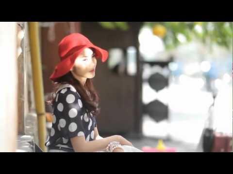 Tăng Thanh Hà chụp hình cho Heritage Fashion - Vietnam Airlines Inflight Magazine