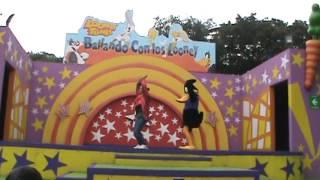 Six Flags Mexico Show De Looney Tunes 2012
