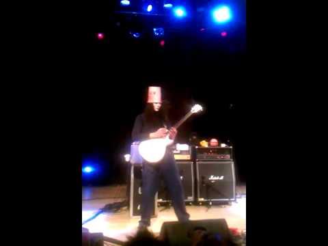 Buckethead playing Jordan live in Atlanta