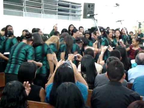 Porta da vitória Mirian Santos conjunto musical em Dois Unidos terminal
