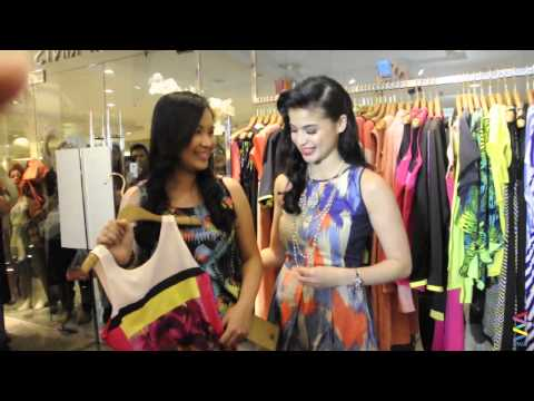 Spotted: Anne Curtis nag-shopping sa mall! [EXCLUSIVE!]