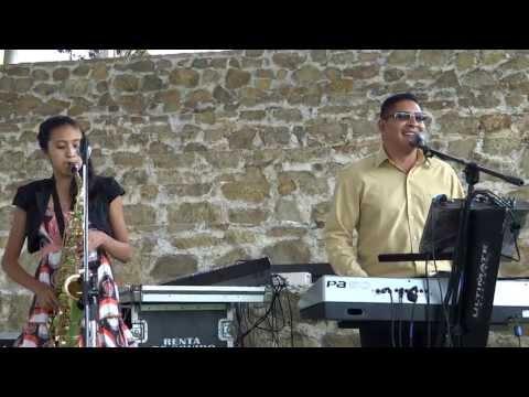 Cadena de coros Cristianos - Alabanzas Evangelicas Bonitas YESHUA TUXTLA teclado y saxofon