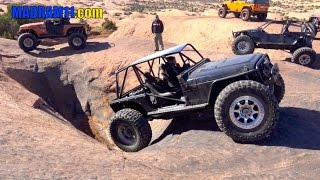 HITTING THE HOT TUBS IN MOAB at EASTER JEEP SAFARI. MadRam11 Багги Видео. Buggy Video.