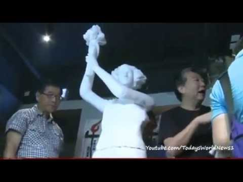 Tiananmen Square museum opens amid controversy