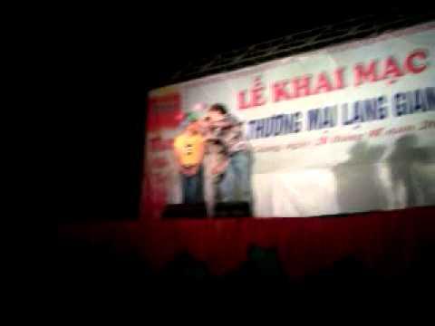 Hoi cho thuong mai lang giang bac giang 22 - 6 - 2013 Minh Thuan Singer