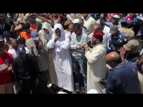 فيديو مؤثر جدا..لحظة دفن جثمان الطيار ياسين بحثي
