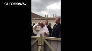 Little adorable girl snatches Pope's skullcap- Exclusive v..