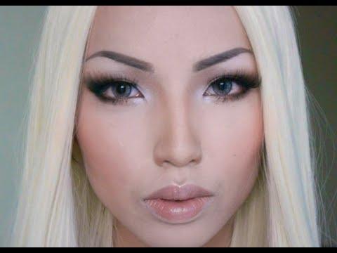 blonde makeup guru