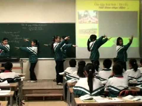 Cô giáo Nguyễn Thị Quế và giờ giảng bài dự thi giáo viên dạy giỏi 2011
