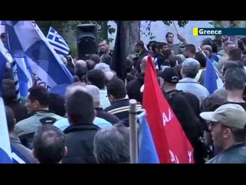 Golden Dawn Nazi Threat: Thousands of Greeks and immigrants march against racism in Athens