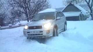 Toyota Rav 4 Snow