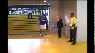 Jogadores do Cruzeiro deixam o campo evitando entrevistas