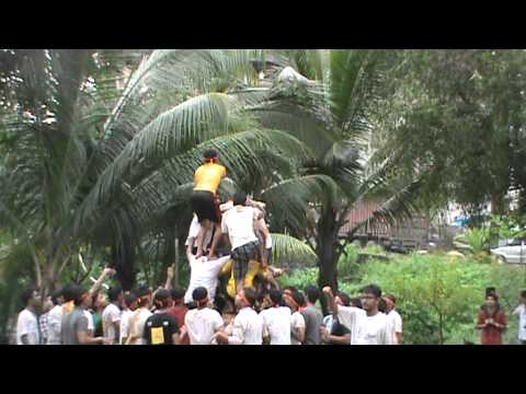 Extc Boys 1st attempt fail in dahi handi