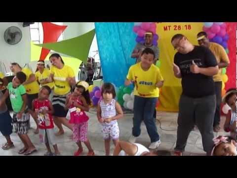 Tchu-tchuê é uma dança tropical _ATAIDE meninos