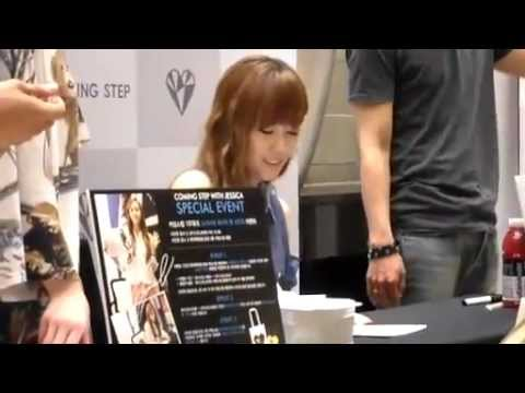[Fancam] 120526 SNSD Jessica @ Coming Step Fansign Event -IJlxbb11bqM