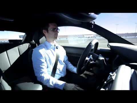 BMW M235i driftuje bez kierowcy