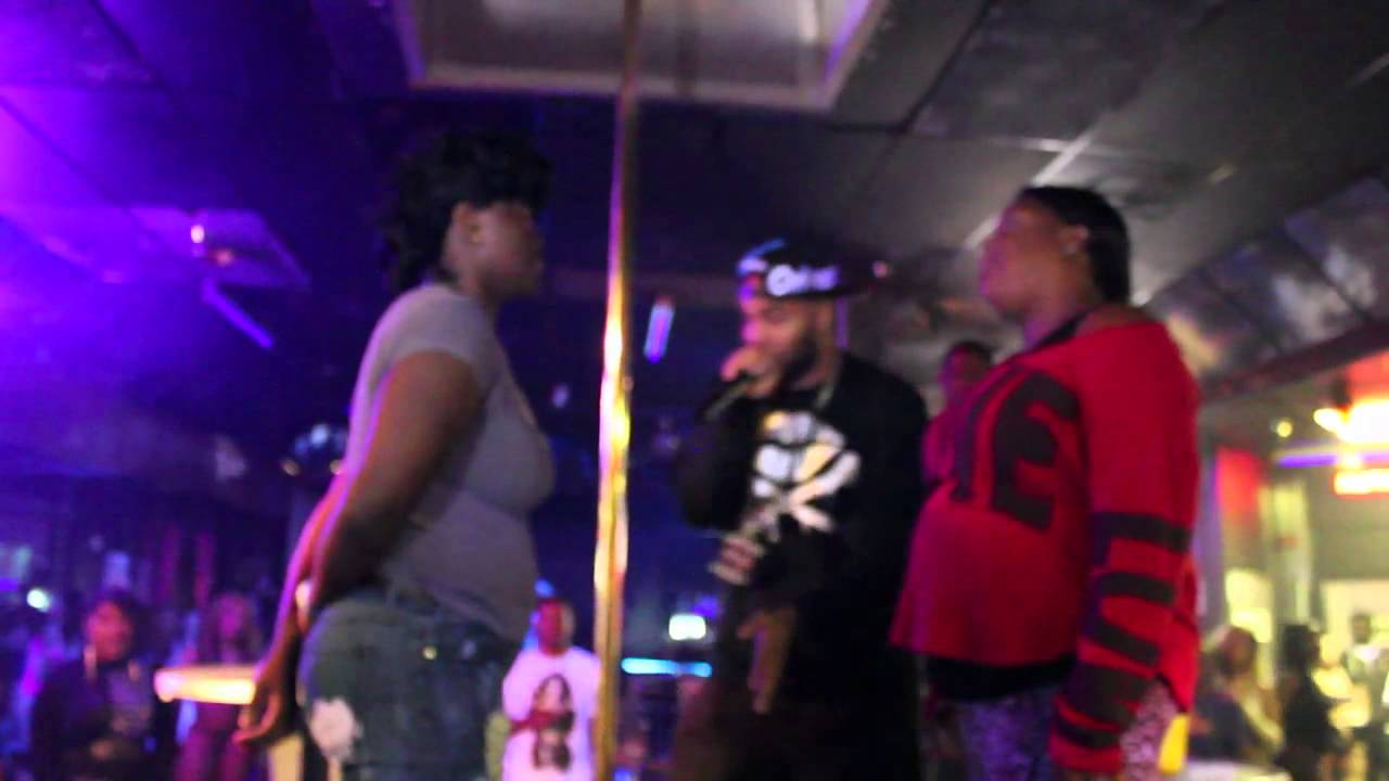 DAMN! Slap Contest in the Club, 2 Bitches go crazy ! #ATL