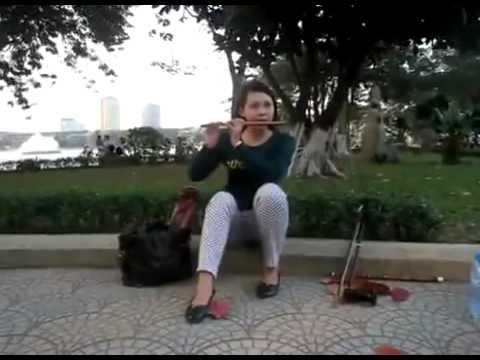 Ly ngua o sao nua quyen ga bamboo flute