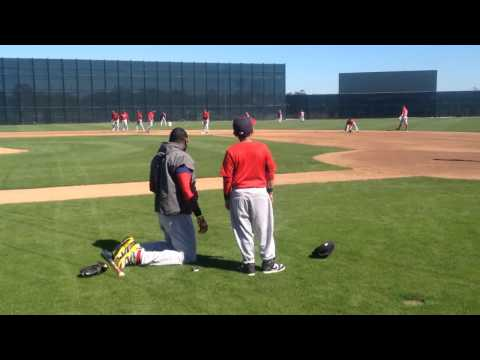 David Ortiz stretches with son D'Angelo Ortiz in Red Sox spring training