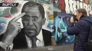 صورة جدارية لوزير الخارجية الروسي في عيد ميلاده   |   قنوات أخرى