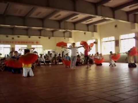 [HD] Paris by Night Thúy Nga 109 bài múa quạt Tây Lương Nữ Quốc   Giờ học âm nhạc vũ đạo trên lớp