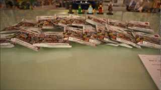 Unbagging LEGO Series 6 Minifigures 8827