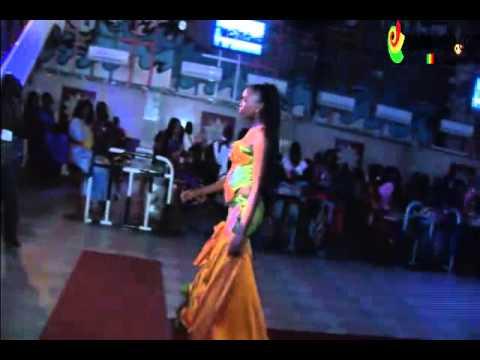 Anniversaire Oumou Sow:Défilé en tenue Traditionnelle