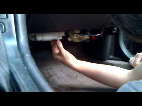 Cabin Air Filter Location Mazda Millenia further Kia Sportage Cabin Air Filter Location further Watch further Watch together with Chevy 5 7 Engine Oil Pressure Sensor Location. on hyundai santa fe wiring diagram