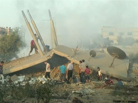 Raw: Aftermath of Airstrikes in Gaza Strip
