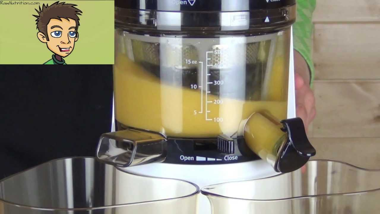 Slow Juicer Frozen Yogurt : Hurom Premium HH Series Slow Juicer & Smoothie Maker Demo in the Raw Nutrition Kitchen - YouTube