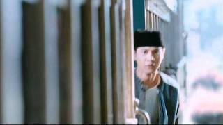 Di Bawah Lindungan Ka'bah 2011 Dblk Official Trailer HD