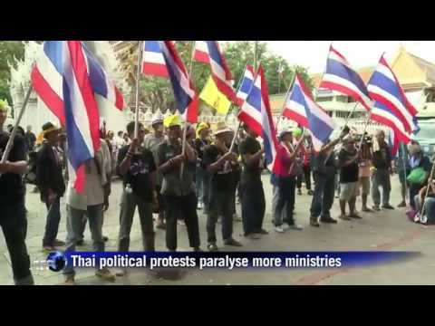 กำนันสุเทพ Thailand Protests paralyse more ministries