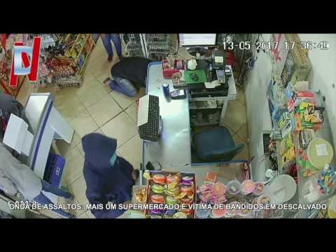 Vídeo Vídeo: Bandidos assaltam supermercado e aterrorizam até mulher grávida