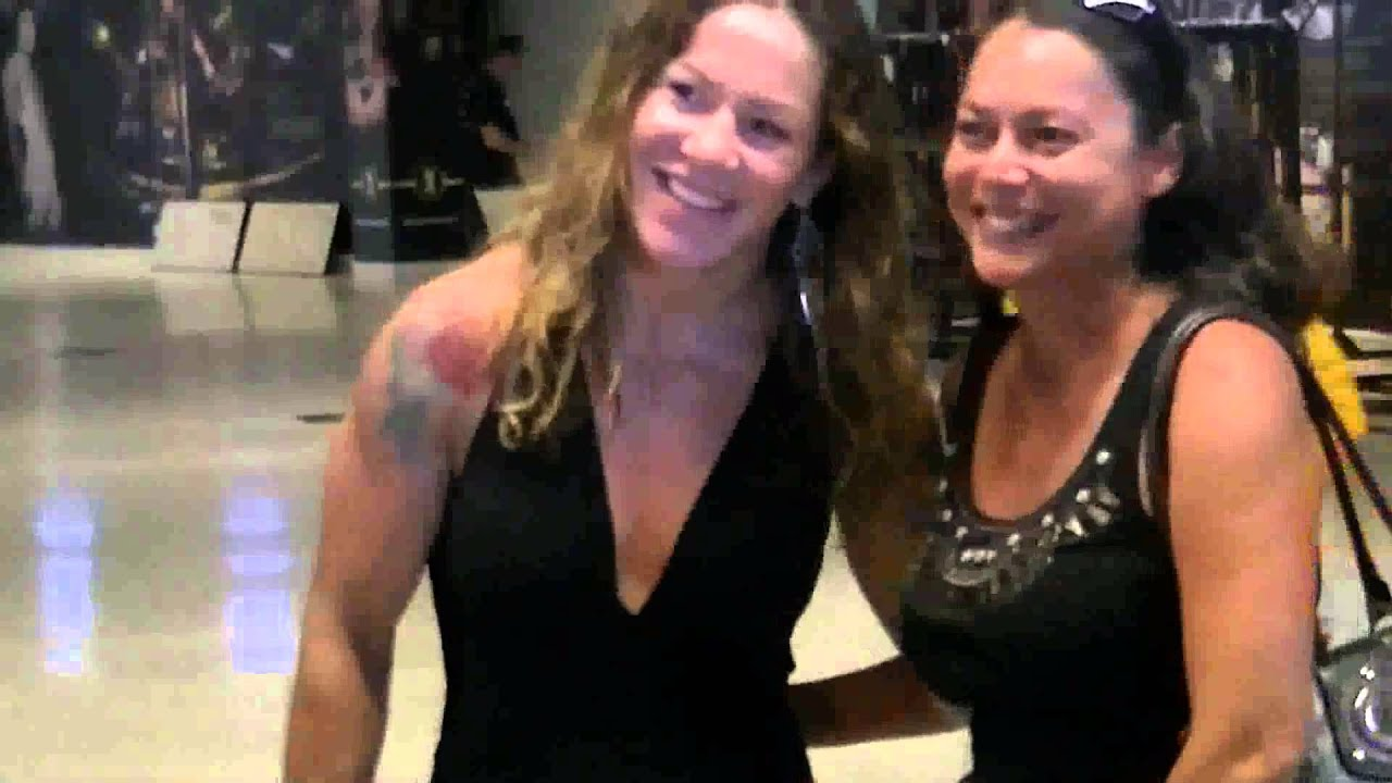 ronda rousey girlfriend images reverse search