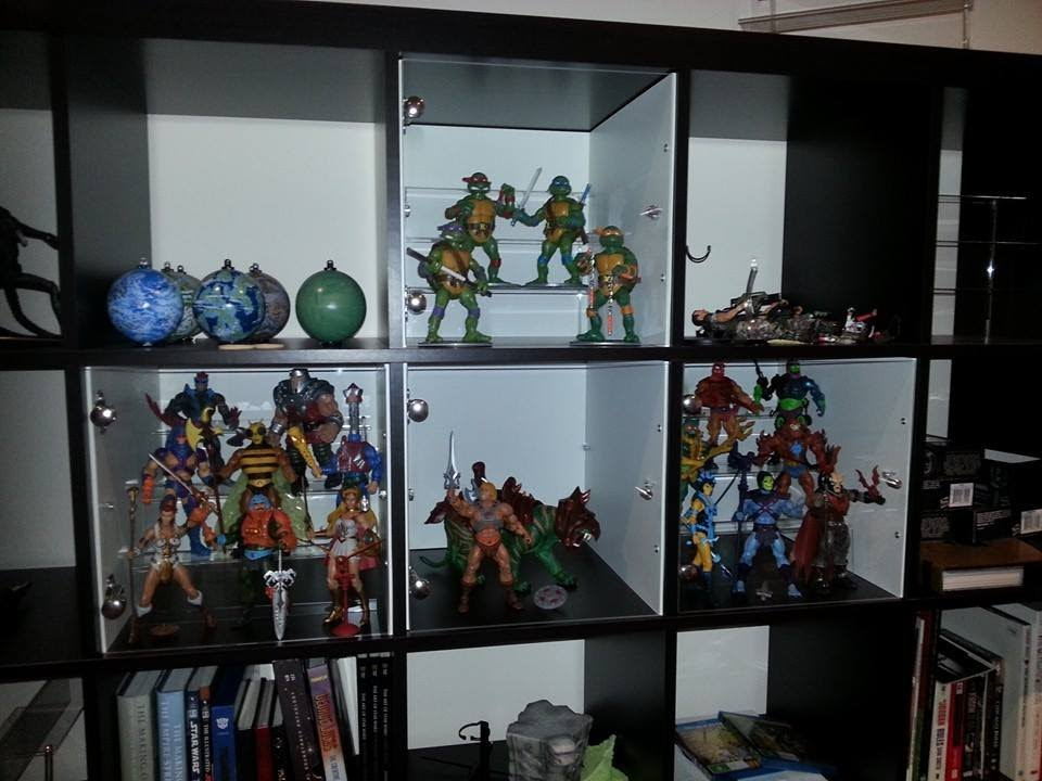 ... Action Figure Display Cabinet ...