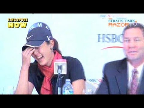 Michelle Wie all giggles (HSBC Golf Pt 1)