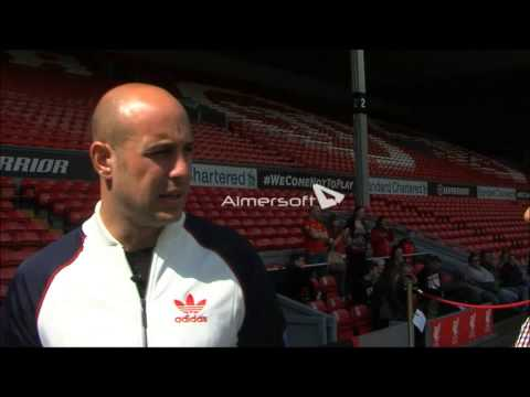Pepe Reina Liverpool F.C - Interview