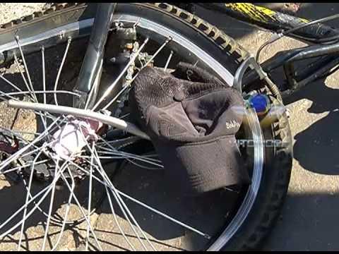 Ciclista morre atropelado por carreta bitrem na marginal da BR-050