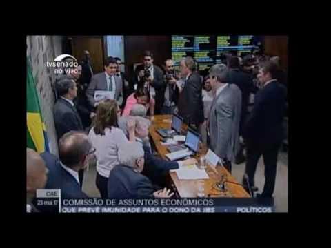 Vídeo Temperatura sobe e senadores discutem na Comissão de Assuntos Econômicos