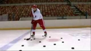 Unbelievable ! Hockey Tricks ( Sidney Crosby, Pavel