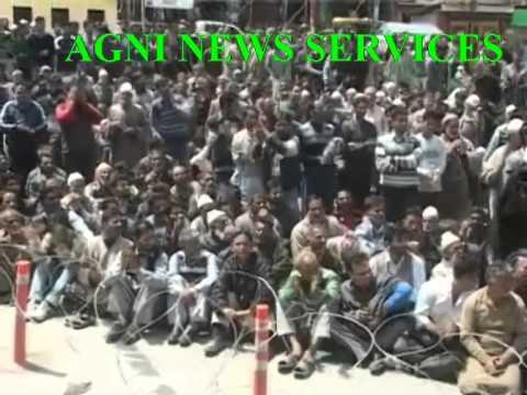 BUDAGAM ... UNION MINISTER FAROOQ ABDULLAH ADDRESED A ELECTION RALLY.